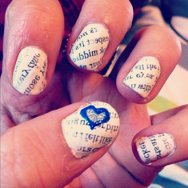 Newspaper Nails <3
