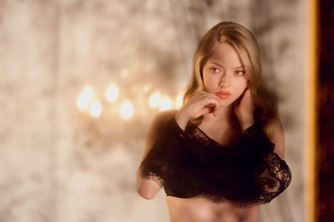 Can chameleon Amanda Seyfried pull off the innocent turning sexy woman? YES!