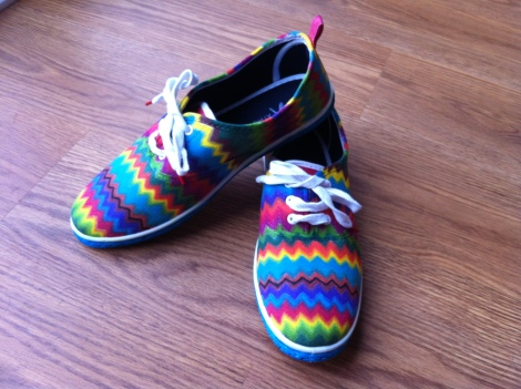 DIY ziz-zag plimsoles finished